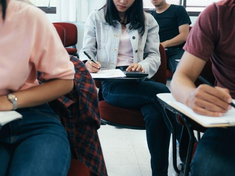 Le prêt études : un coup de pouce pour votre avenir